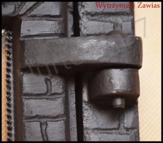 Drzwiczki żeliwne do kominka d1